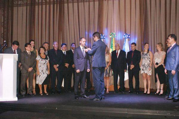 Novas diretorias CDL e CDL Jovem de Barra Mansa tomam posse em clima festivo aos 54 anos da entidade.