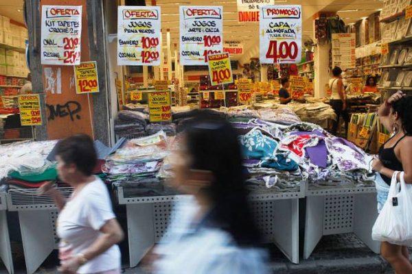 Economia vai se recuperar gradualmente, diz diretor do BC