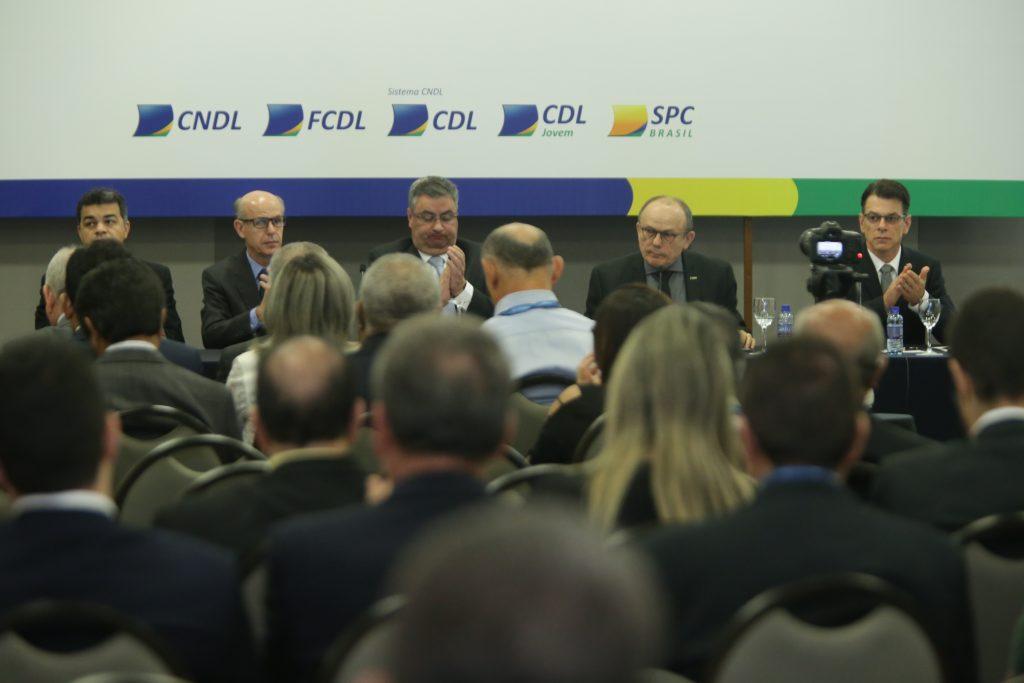 Lideranças do movimento lojista fluminense participam do III Fórum Nacional do Comércio