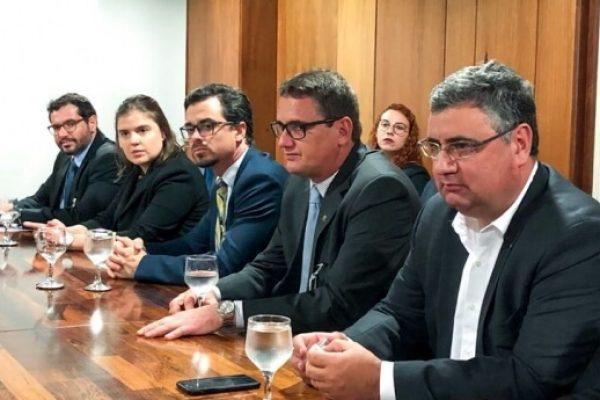 Entidades entregam manifesto ao Governo Federal em defesa da votação do Cadastro Positivo